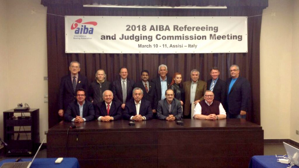 Presidente da CBBoxe participa de encontro da Comissão de Juízes e Árbirtos da AIBA