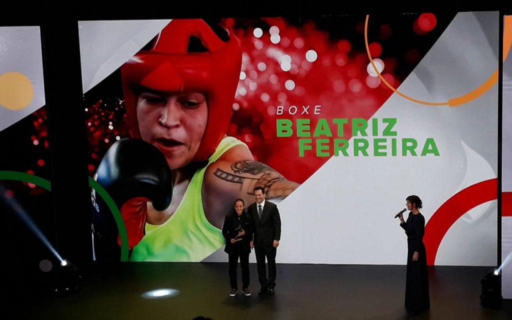 eBeatriz Ferreira é a melhor do Boxe no Prêmio Brasil Olímpico
