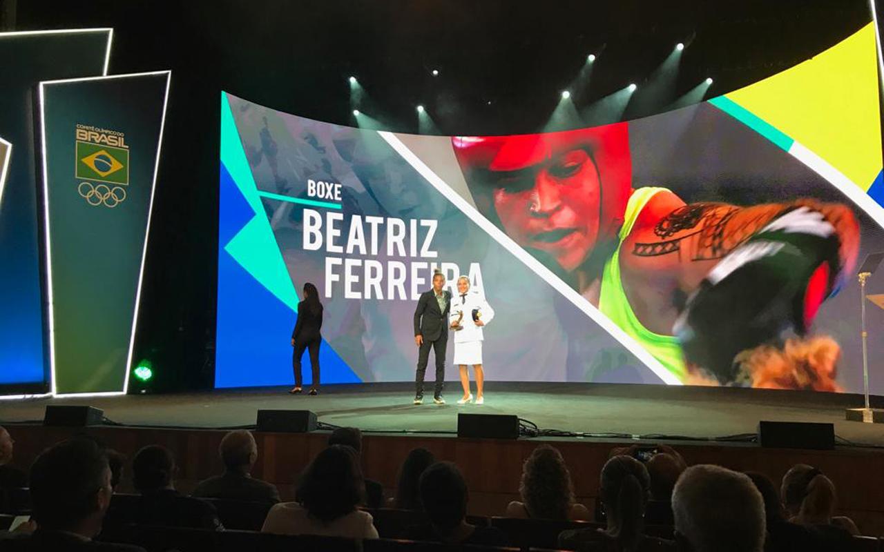 Imagem do post Bia é a melhor Boxeadora do ano e juvenis medalhistas olímpicos são homenageados
