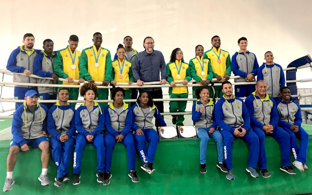Imagem do post Prefeitura de SP homenageia Seleção Brasileira pela campanha em #Lima2019